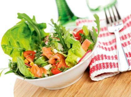 Szybkie sałatki do dań z grilla