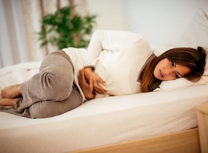 Szybko i bez wychodzenia z domu. 5 domowych sposobów na wyleczenie grypy żołądkowej!