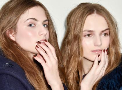 Szykujesz się na halloweenową imprezę? Ten manicure podkręci twoją stylizację!