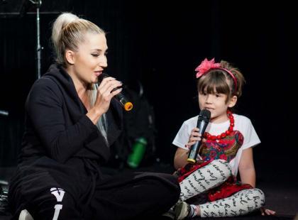 """Ta historia porusza serce. Cleo spełniła marzenie 6-letniej Julki, podopiecznej Fundacji """"Mam marzenie"""""""