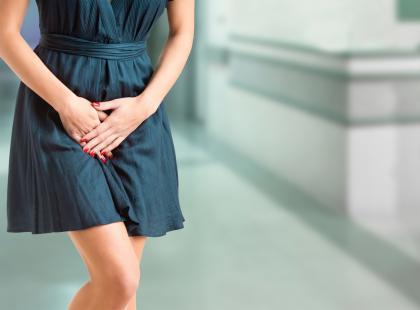 Ta wstydliwa choroba najczęściej dotyka kobiet! Masz te objawy? To może być...