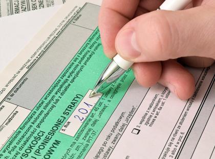 Ta zmiana się nam podoba! Urząd rozliczy PIT za podatnika! Zobacz, jak to działa!
