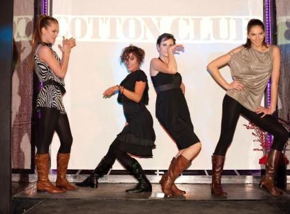 Tabeczny pokaz Cotton Club i Caprice