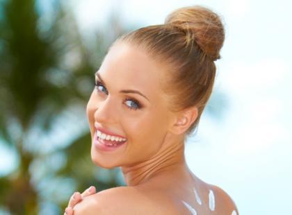Tabletki hormonalne a opalanie
