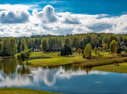 Tatarzy, żubry i dzika przyroda