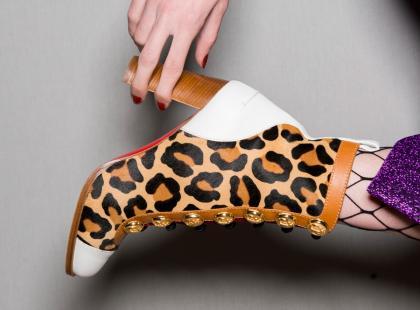 Te buty chcemy mieć! Wybrałyśmy 10 modnych par butów z jesiennych kolekcji