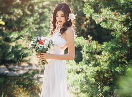 Te rustykalne suknie ślubne podbijają serca panien młodych na całym świecie!
