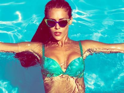 Te zachowania ustrzegą cię przed infekcjami czyhającymi na basenie!