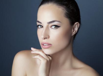 Ten jeden krem sprawi, że twoja skóra w końcu przestanie wyglądać na zmęczoną i pozbawioną blasku