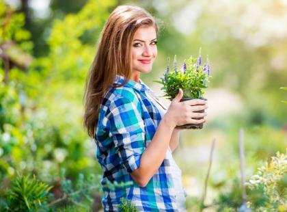 Ten naturalny nawóz do roślin na pewno masz w lodówce: kosztuje grosze!