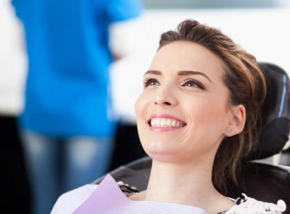 Terapia śmiechem zmniejsza stres u dentysty