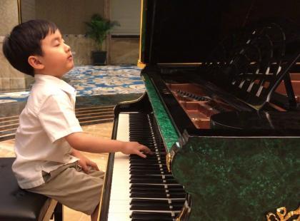 To, jak gra Chopina ten 5-latek, zwali was z nóg