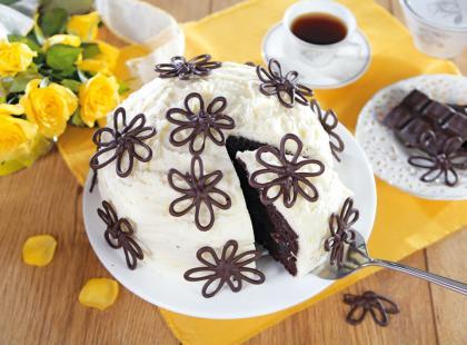 Tort czekoladowy z konfiturą