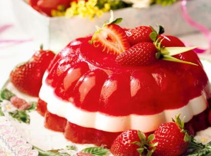 Tort truskawkowa pokusa