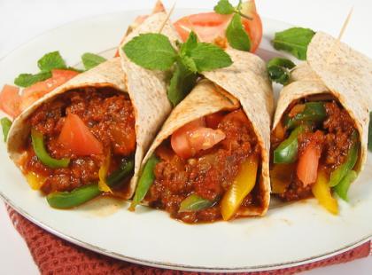 Tortilla śniadaniowa - meksykańskie huevos rancheros