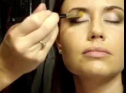 Tradycyjny makijaż ślubny - część 1