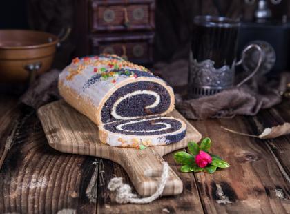 Tradycyjnych smaków nigdy dość! Zobacz nasz sprawdzony przepis na drożdżowy makowiec!