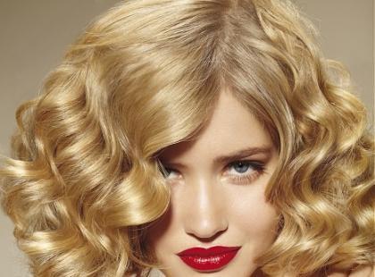 Trendy 2012 - średniej długości włosy
