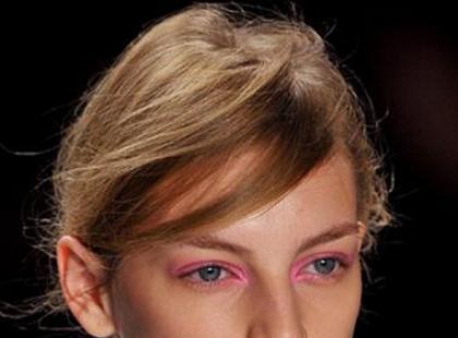 Trendy fryzjerskie na wiosnę 2012