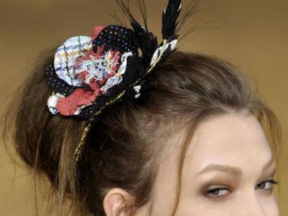 Trendy fryzur: Jak nosić ozdoby