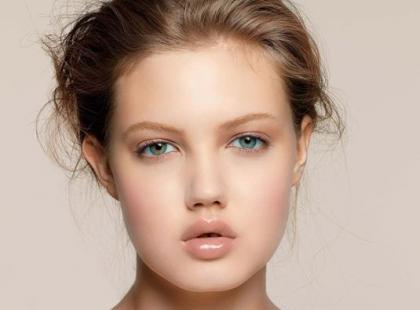 Trendy w jesiennym makijażu