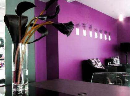 Trendy we wnętrzach - fiolet