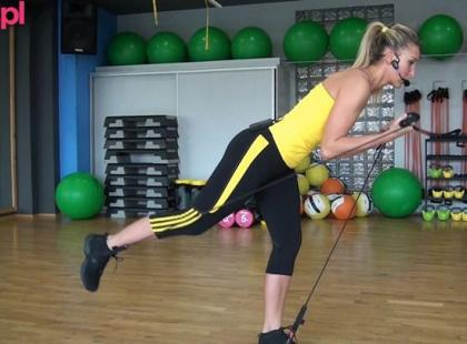 Trening gymstick na biceps