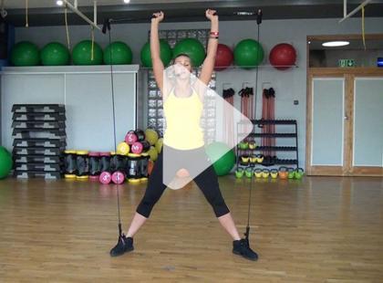Trening gymstick na mięśnie barków [video]