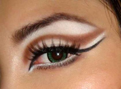 Triki w makijażu oczu