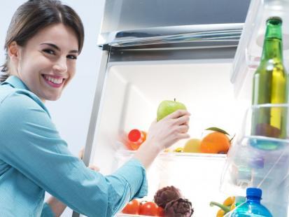 Tych 10 produktów nie wkładaj do lodówki!