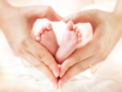 Tych 5 pamiątek z pierwszych dni życia dziecka zachowaj na zawsze