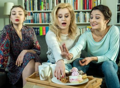 TYLKO U NAS! Dziewczyny 3.0 - mamy zwiastun najlepszego serialu tej wiosny. Nie zobaczysz tego w żadnej telewizji!
