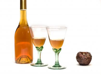 Umeshu – japońskie wino śliwkowe