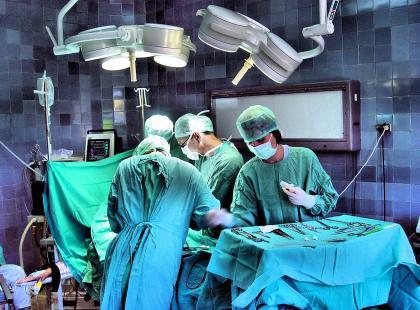 Uprzejmość chirurga w cenie