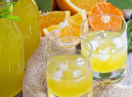 """""""Uroda Życia"""": nalewka z pomarańczy"""
