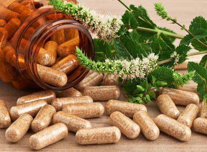 Urząd Ochrony Konkurencji i Konsumentów skontroluje reklamy suplementów diety