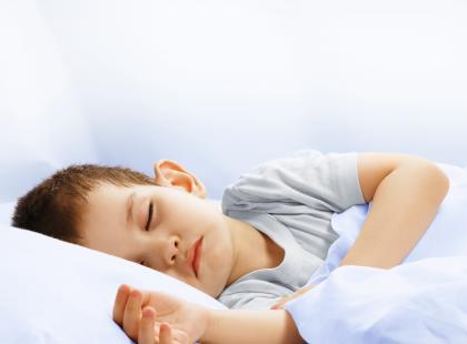 """Lunatyzm dotyka najczęściej dizeci w wieku od 4 do 8 lat. Maluchy w większości prypadków """"wyrastają"""" z choroby/fot. Fotolia"""