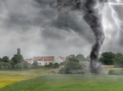 Uwaga: w dwóch województwach może się dziś pojawić trąba powietrzna!