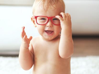 Uważaj! Poznaj 7 dowodów, że twoje dziecko niedowidzi