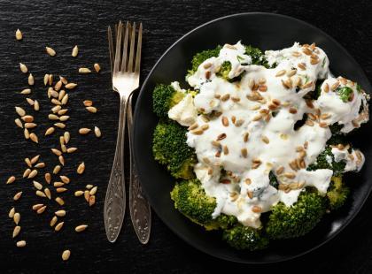 Uzupełnij swoją dietę o dawkę fitosteroli - przygotuj pożywną sałatkę ze słonecznikiem!