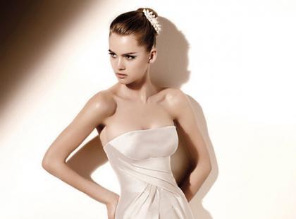 Valentino Spoza suknie ślubne 2010