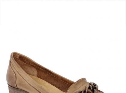 Venezia - buty beżowe na sezon wiosenno/letni 2012