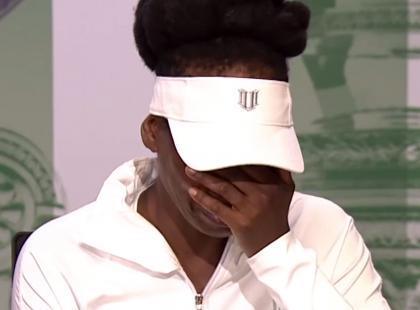 Venus Williams przepraszała za wypadek, który spowodowała. Rozpłakała się i opuściła konferencję