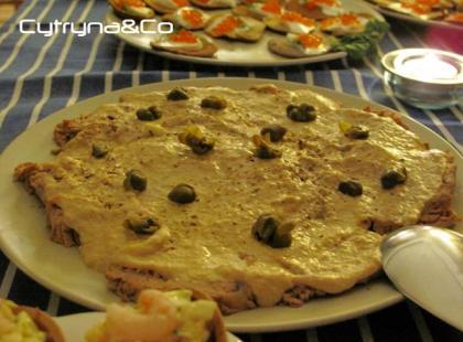 Vitello tonnato - cielęcina w sosie tuńczykowym