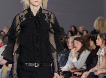 W H&M znajdziecie bluzki i koszule na każdą okazję! Wybrałyśmy 15 najładniejszych modeli
