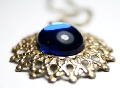 W jaki sposób wróży się z kryształów?