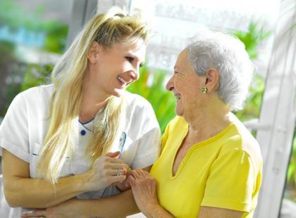 W jaki sposób wybrać dom opieki?