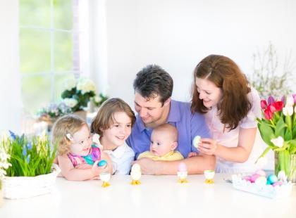W jakiej postaci podać małemu dziecku jajko na Wielkanoc?