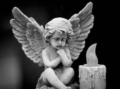 W Polsce powstaje cmentarz dla nienarodzonych dzieci. Gdzie i po co?