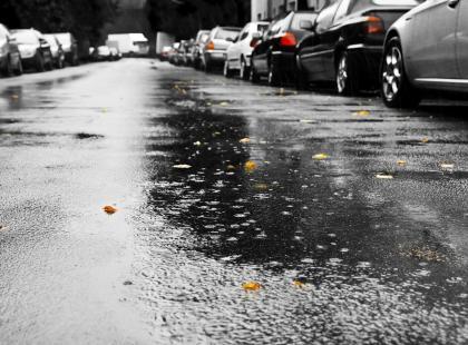 W Polsce tylko pada i pada? Zobacz, czemu deszcz jest groźniejszy dla ciebie, niż myślisz!